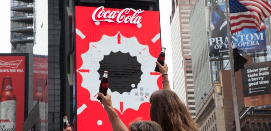 Трехмерная реклама Coca-cola reklama-on.by